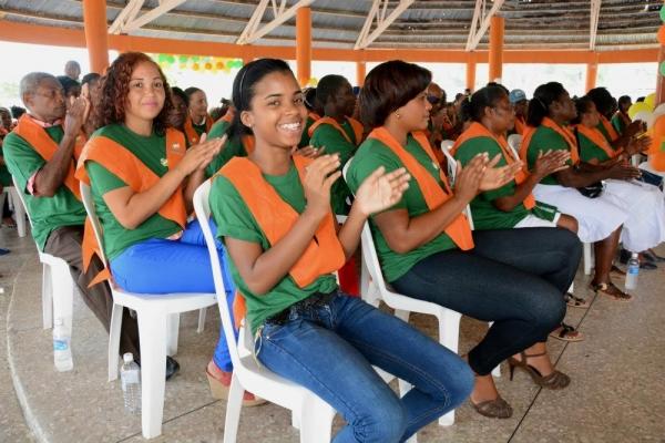 1,147 personas alfabetizadas reciben certificados en PP y SPM